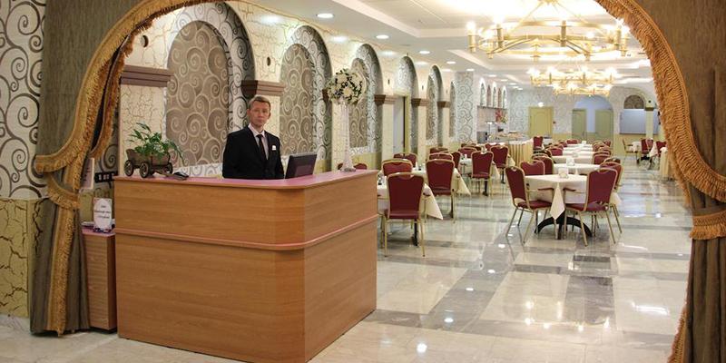 Отели с программой на Новый год 2020 в Москве