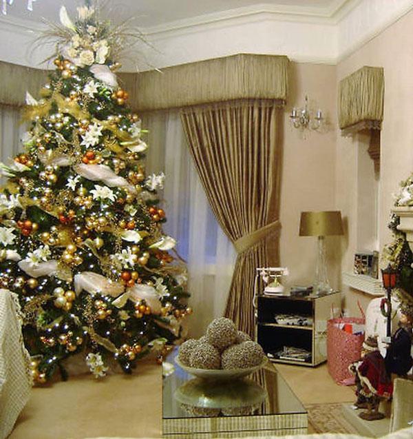 Как украсить комнату на Новый год 2022